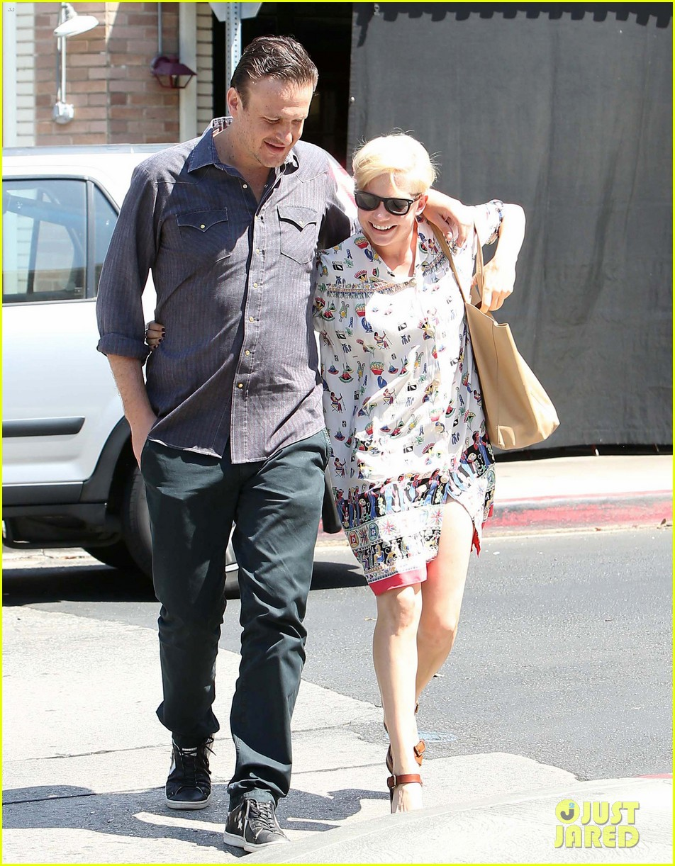 michelle williams jason segel lunch in los feliz 12