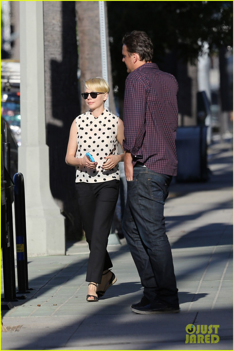 michelle williams jason segel ice cream with matilda 102709602
