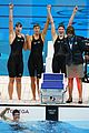 womens us swimming team wins gold in 4x200m freestyle relay 01