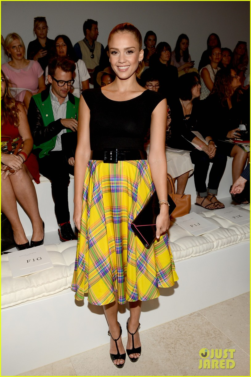 jessica alba olivia wilde ralph lauren fashion show 012721121