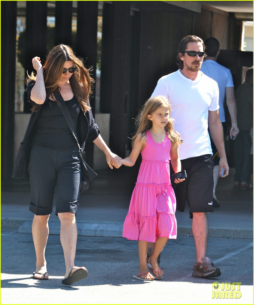 christian bale family lunch 01