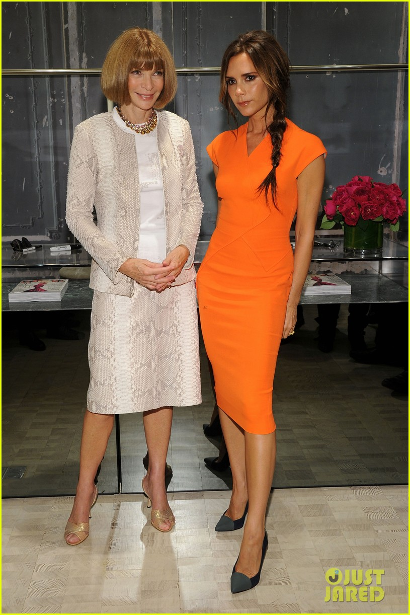 victoria beckham fashions night out with anna wintour 03