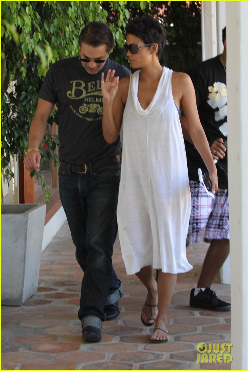 halle berry olivier martinez malibu shopping mates 08