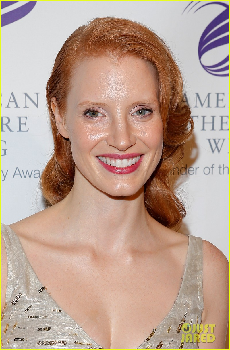 jessica chastain american theater wing gala 04