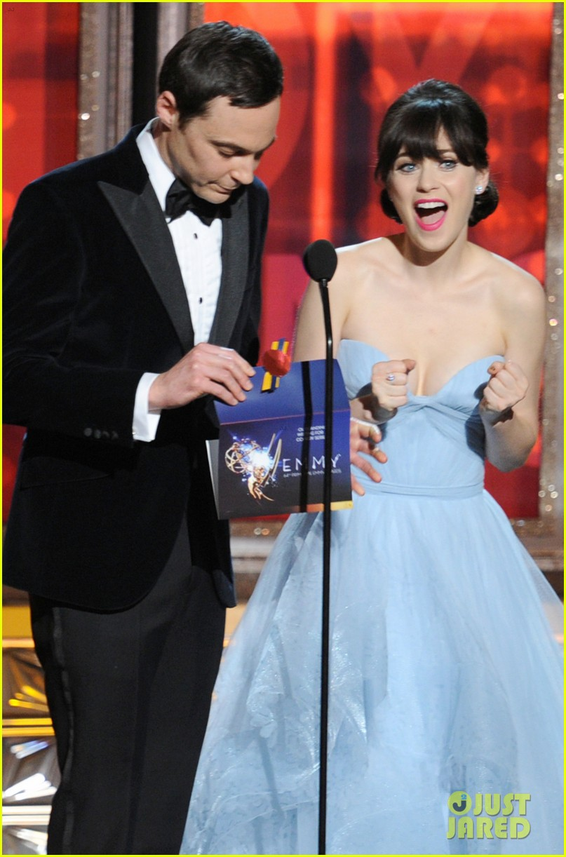 deschanel emmy awards 022727335