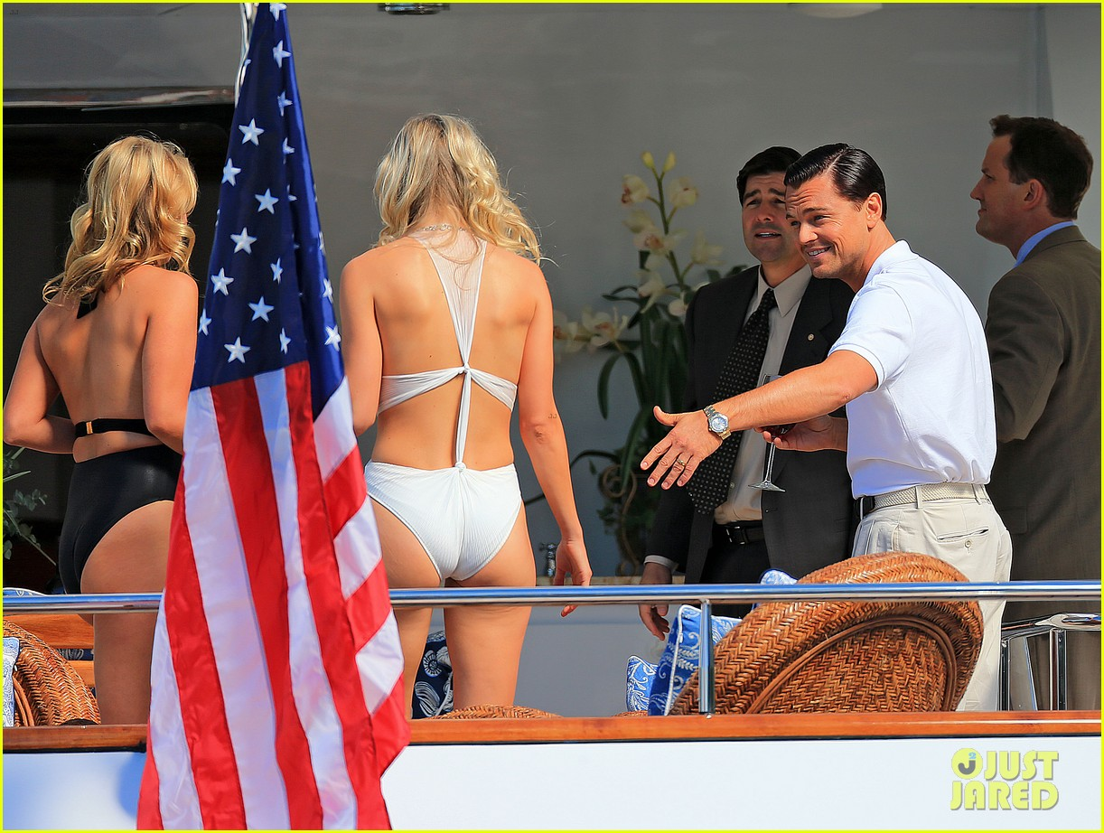 leonardo dicaprio wolf of wall street set with kyle chandler 022727811