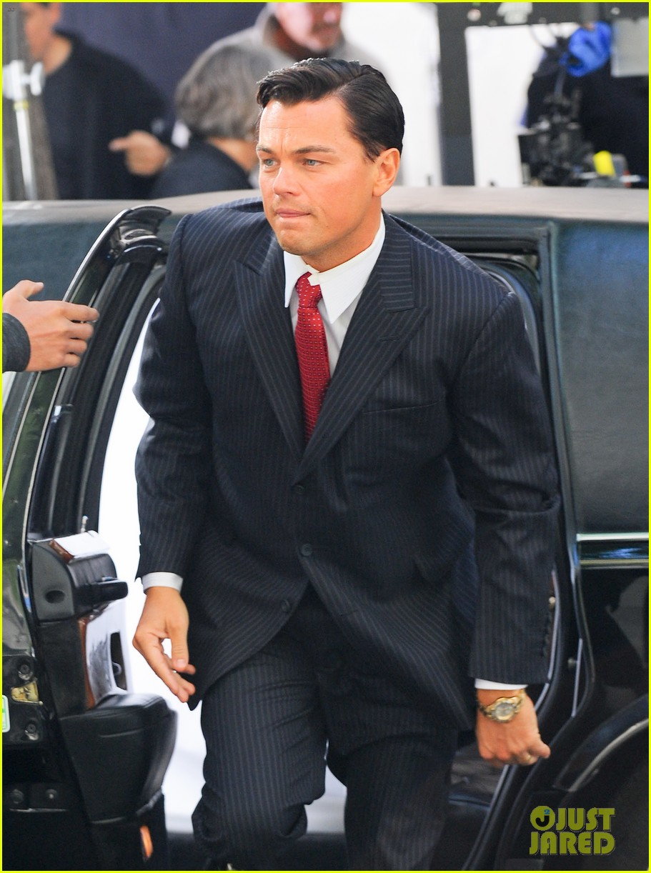 leonardo dicaprio wolf of wall street set with margot robbie 022728290