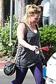 hilary duff works up sweat 23