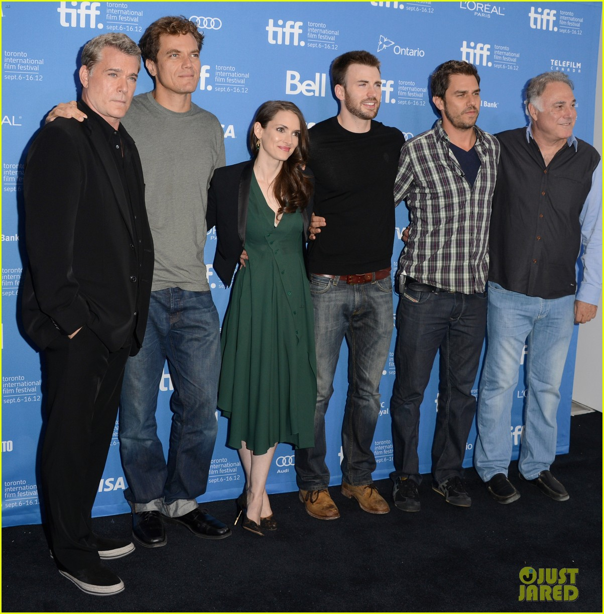 chris evans winona ryder iceman tiff photo call 15