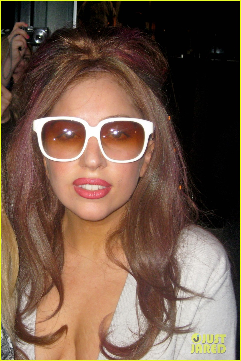 lady gaga bares underwear clad body for little monsters 12