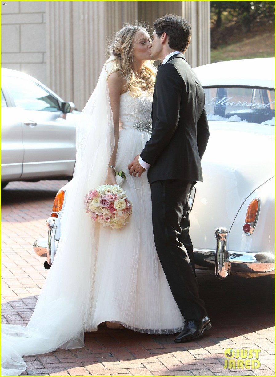justin gaston weds melissa ordway first wedding pictures 12