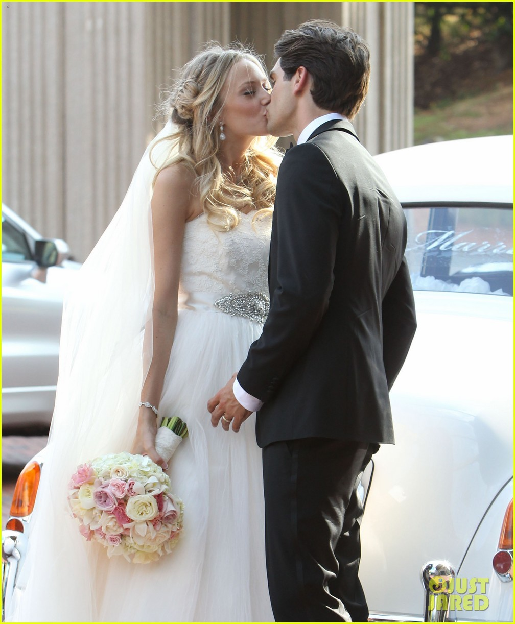 justin gaston weds melissa ordway first wedding pictures 13