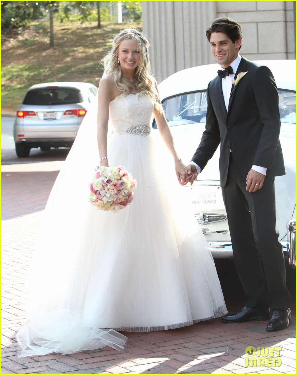 justin gaston weds melissa ordway first wedding pictures 14