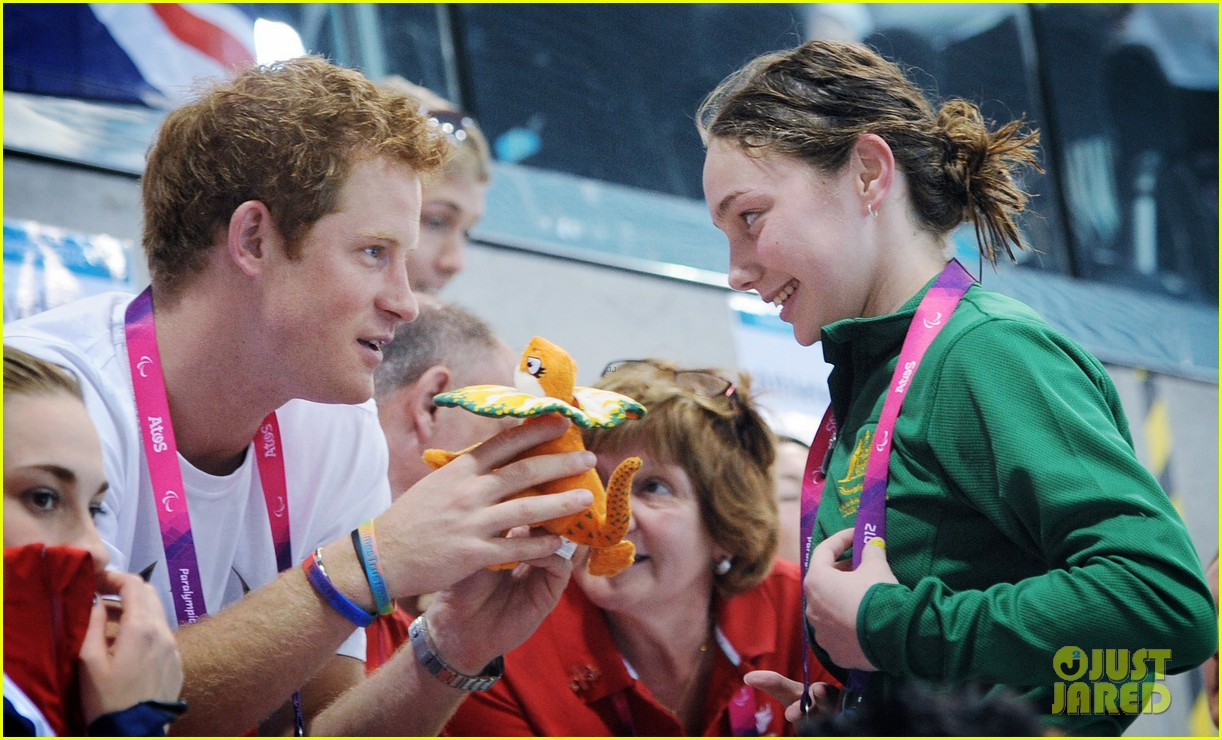 prince harry paralympics swimming spectator 53