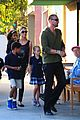 heidi klum starbucks run with kids 06
