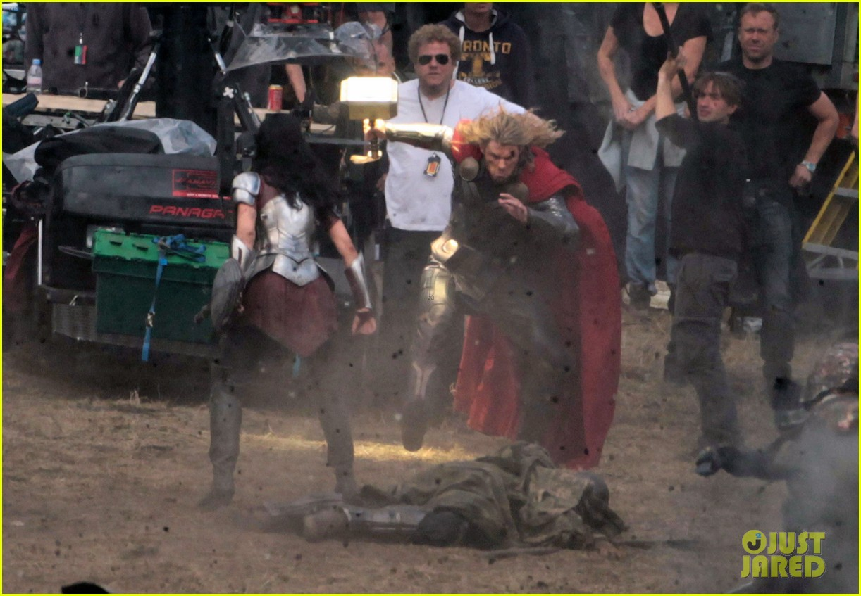 chris hemsworth thor 2 begins filming first set pics 13