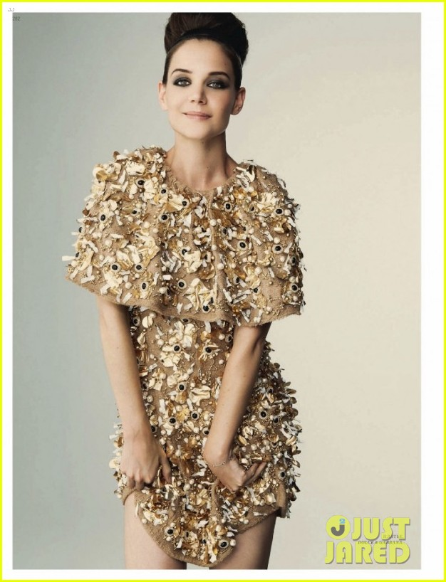 katie holmes covers harpers bazaar russia october 2012 02