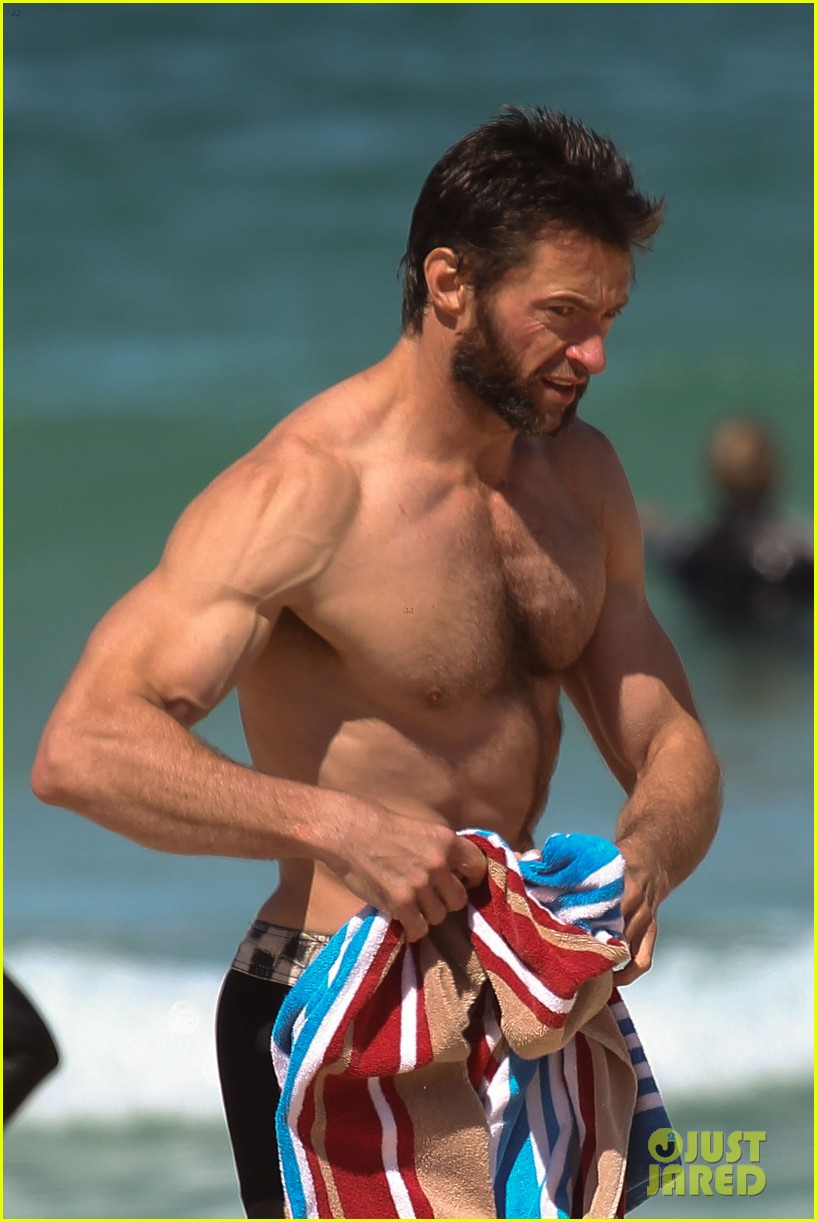 hugh jackman shirtless at bondi beach 14
