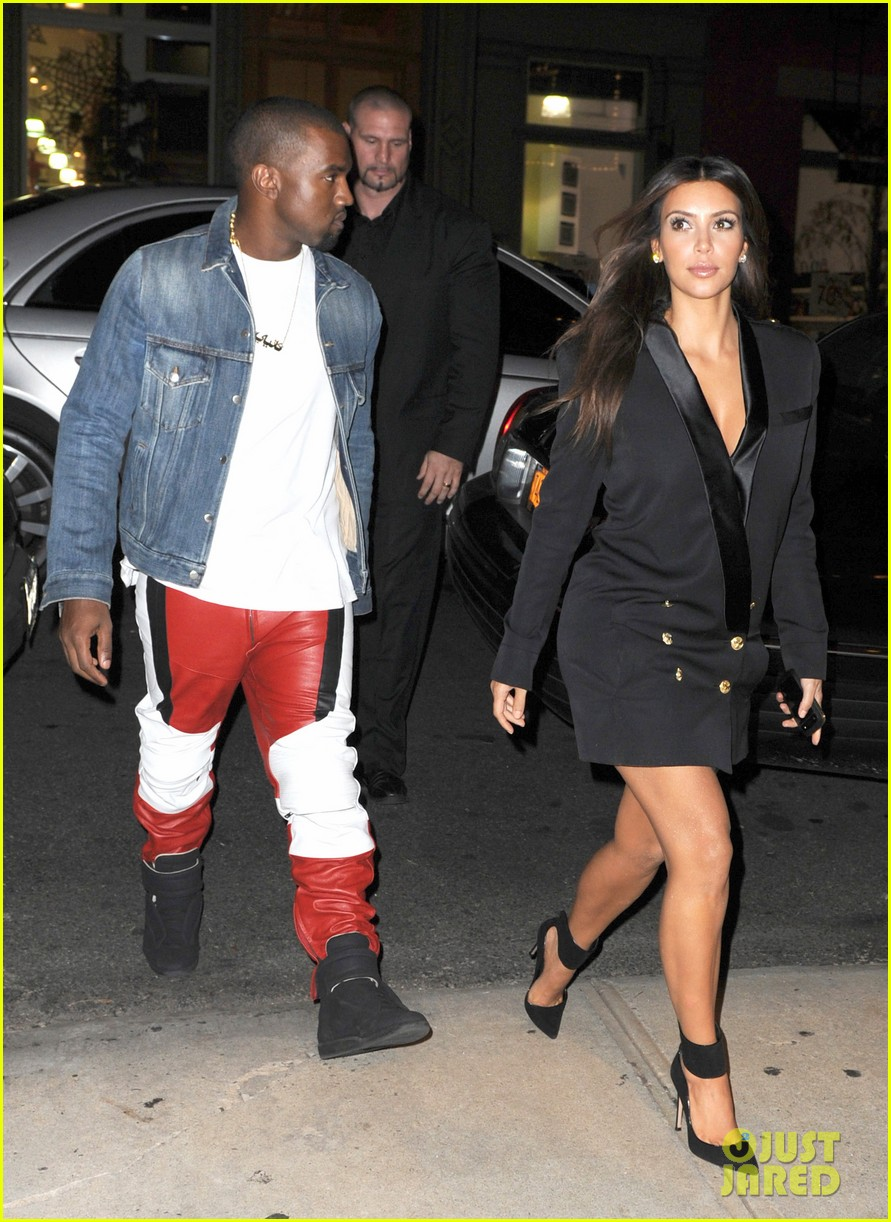 kim kardashian kanye west ice cream cone couple 01