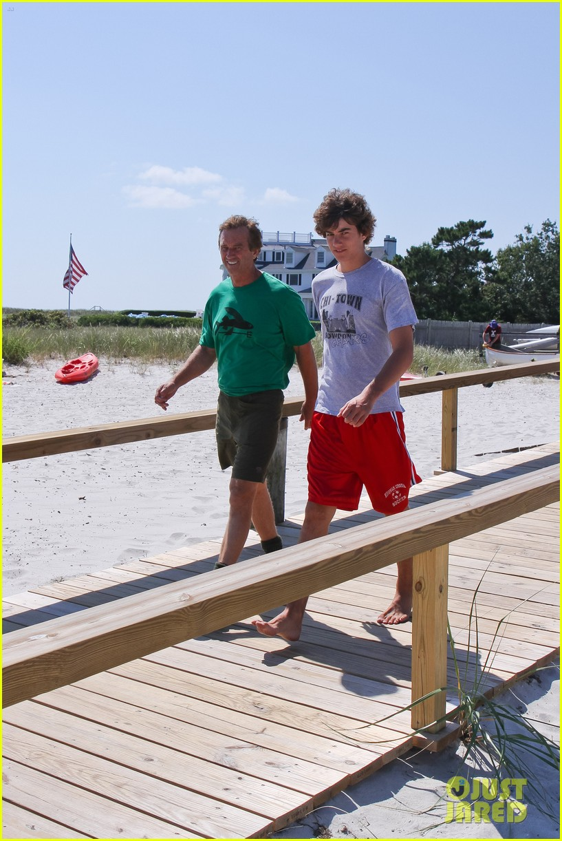 conor kennedy boating with family 10