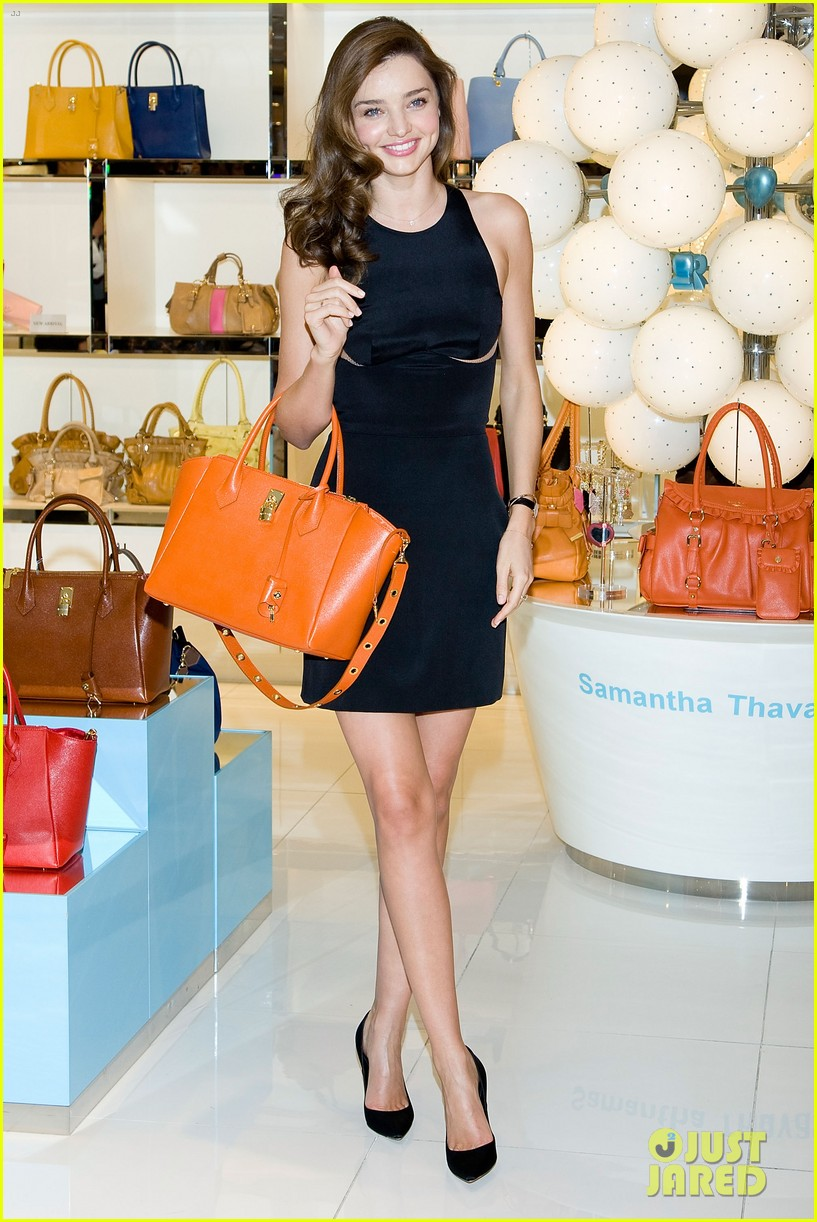 miranda kerr samantha thavasa event in south korea 03