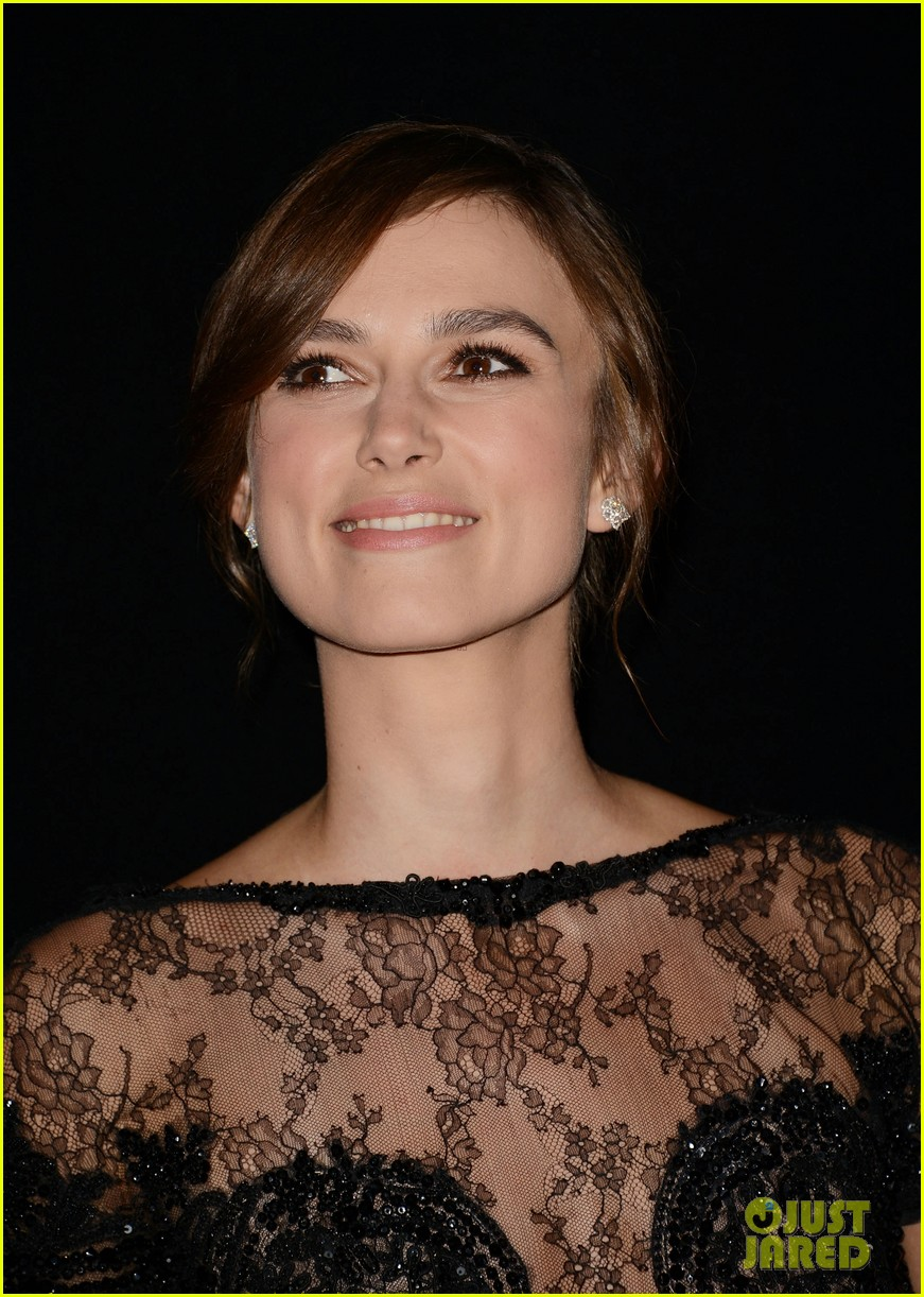 keira knightley jude law anna karenina premiere at tiff 02
