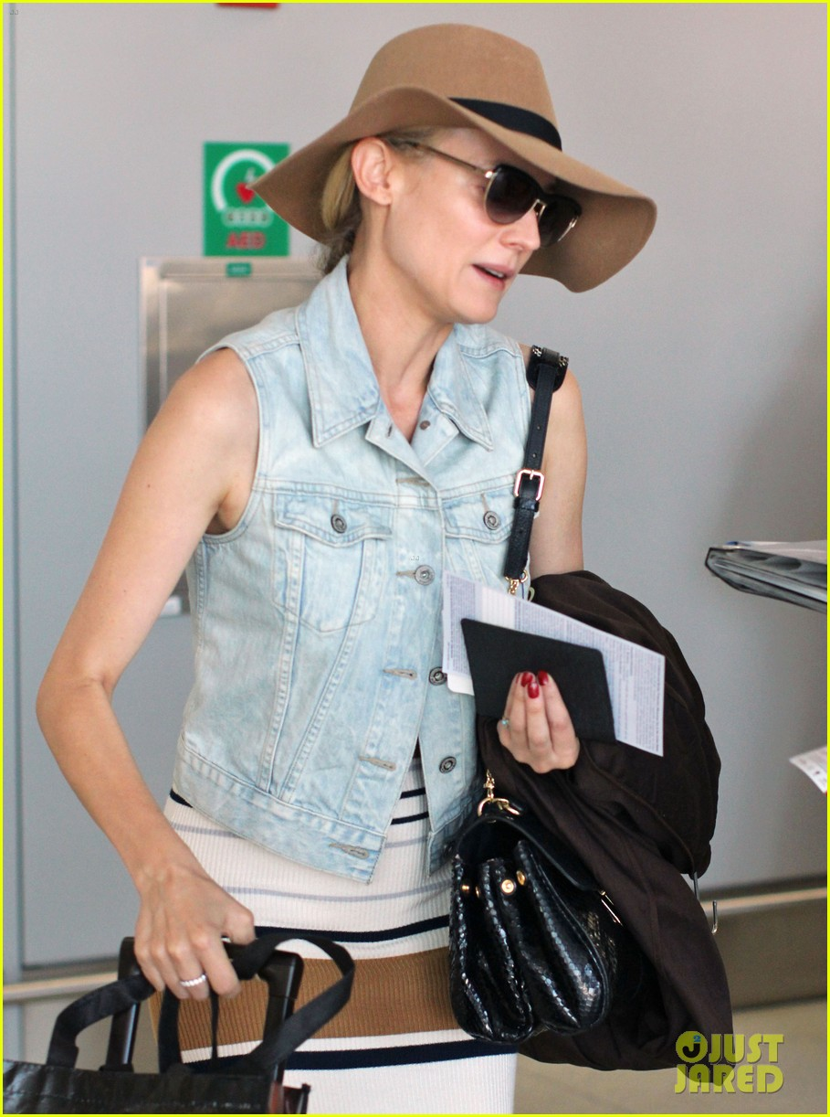 diane kruger leaves toronto 15