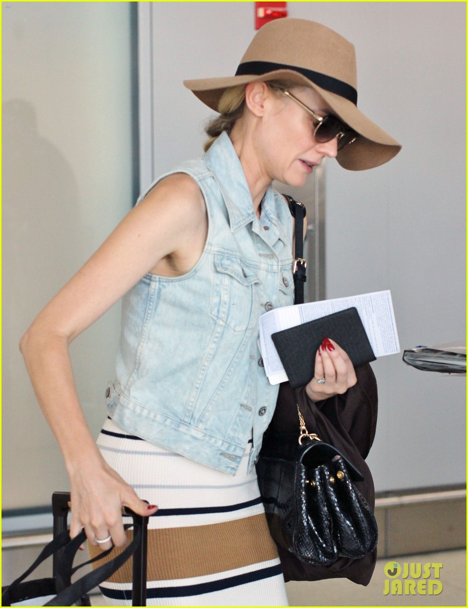 diane kruger leaves toronto 16