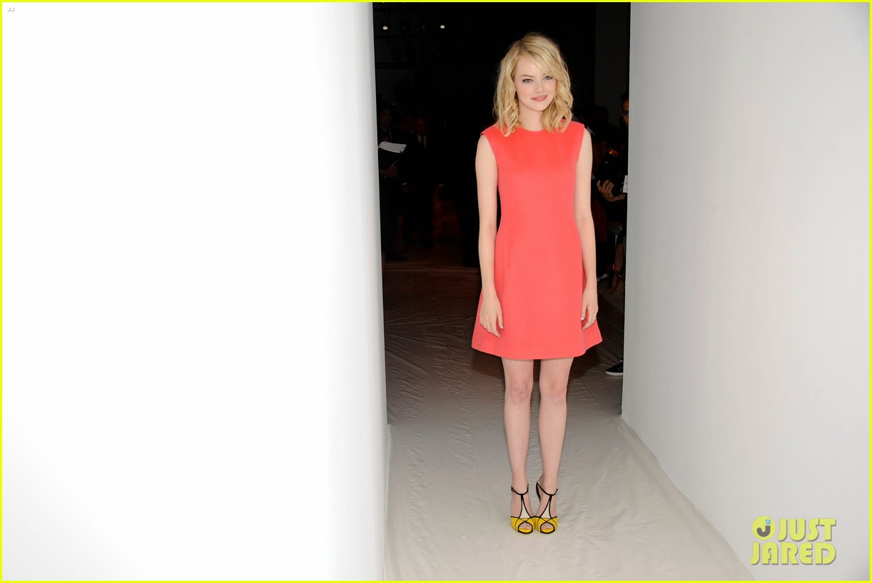 diane kruger emma stone calvin klein fashion show 09