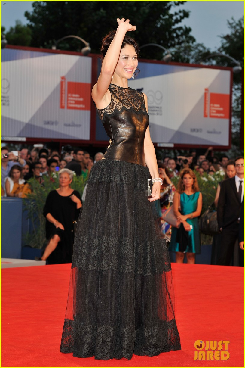 olga kurylenko to the wonder at the venice film festival 052713299