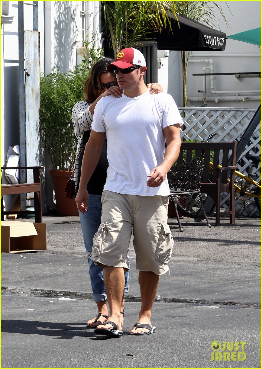 nick vanessa lachey welcome baby boy camden john 012720716
