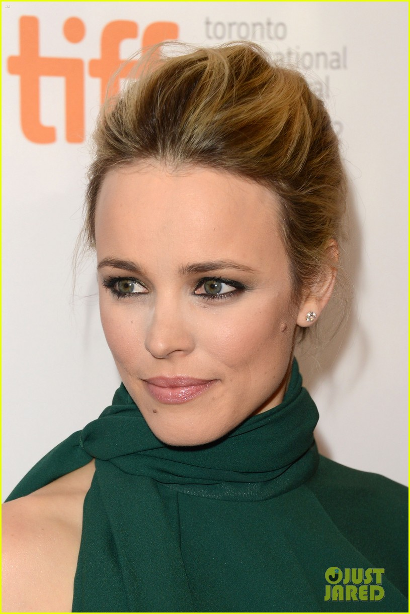 rachel mcadams to the wonder premiere 12