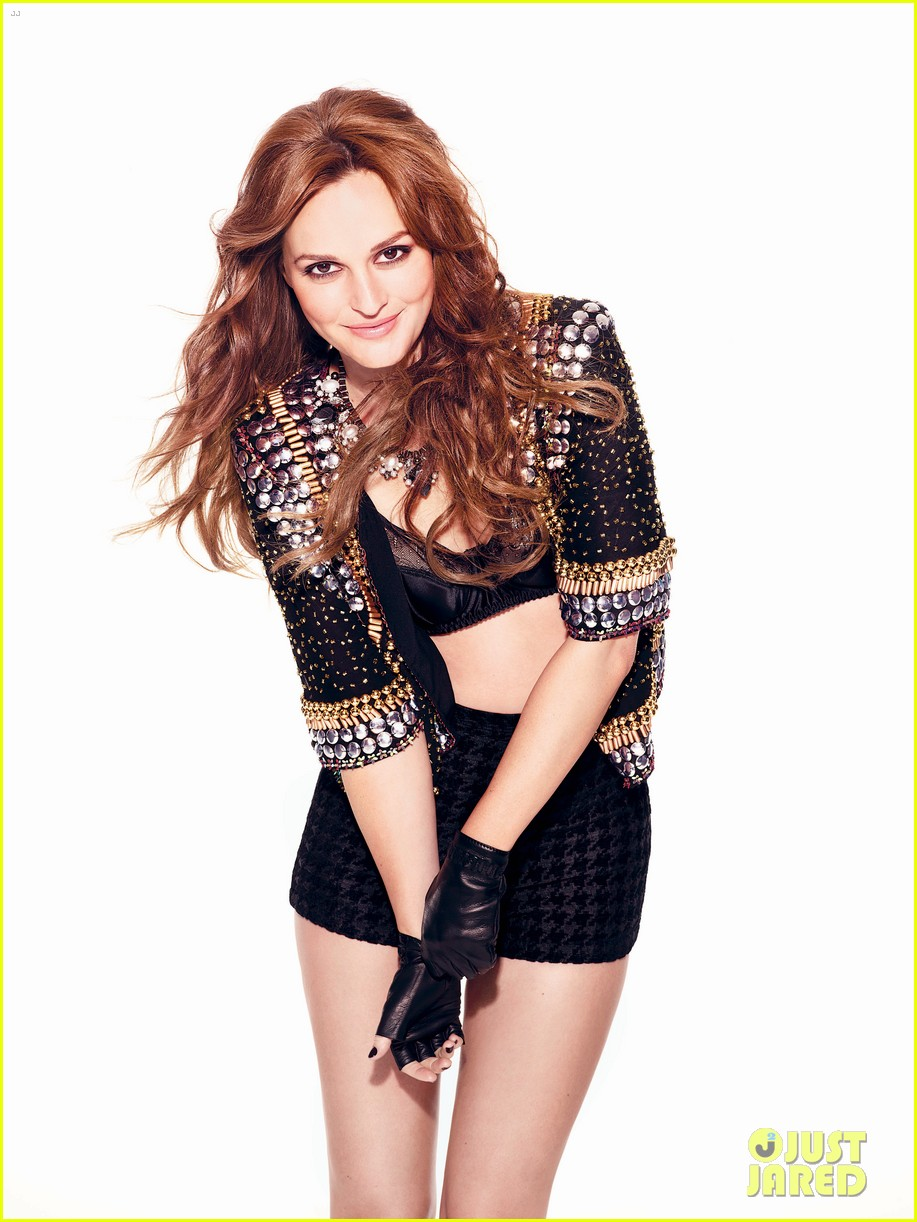 leighton meester covers cosmopolitan uk october 2012 01