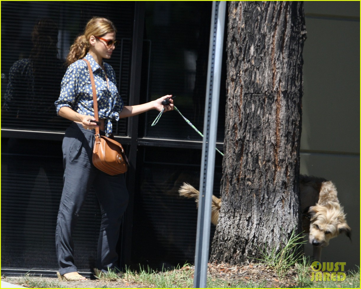 eva mendes dog day afternoon with hugo george 072712329