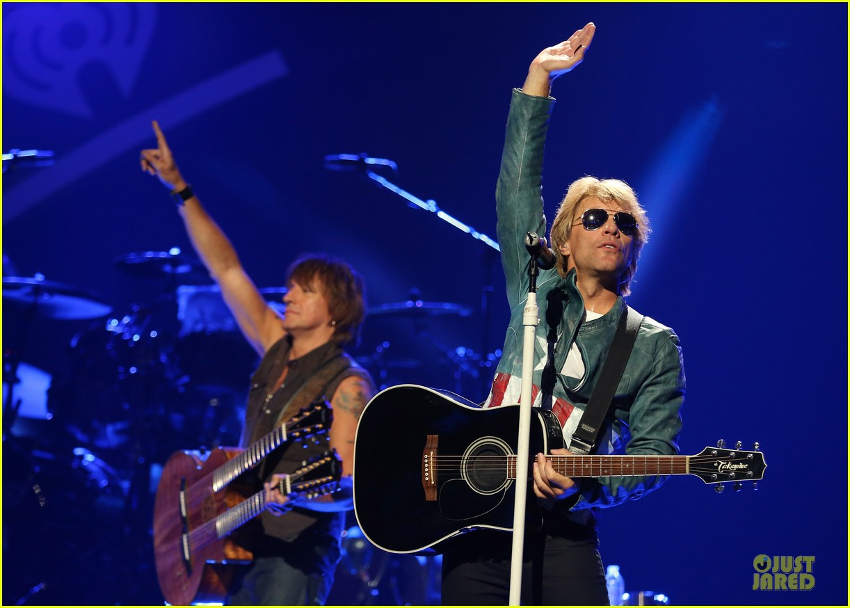 miley cyrus bon jovi rock iheartradio duo 37