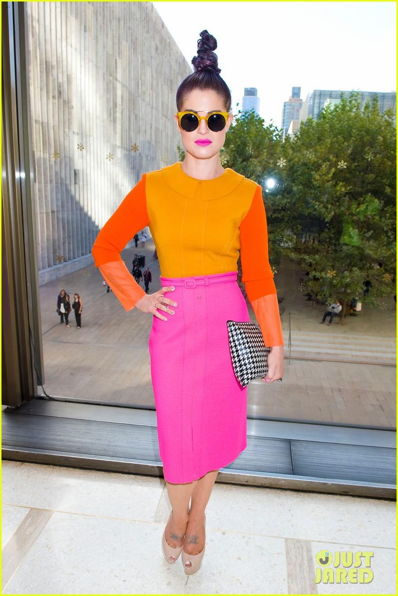 kelly osbourne hailee steinfeld chris benz fashion show 13