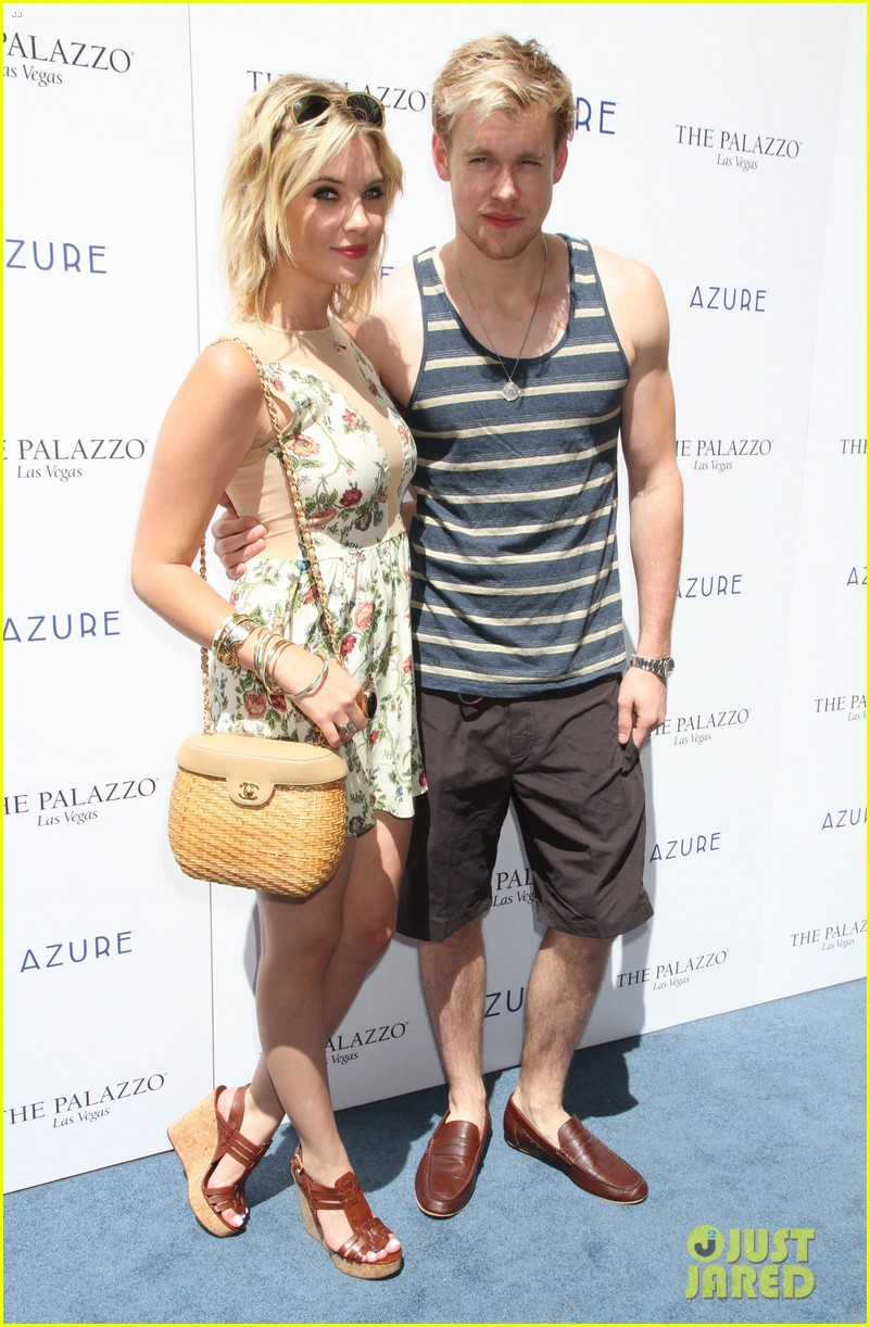 chord overstreet muscle tank stud with ashley benson 12