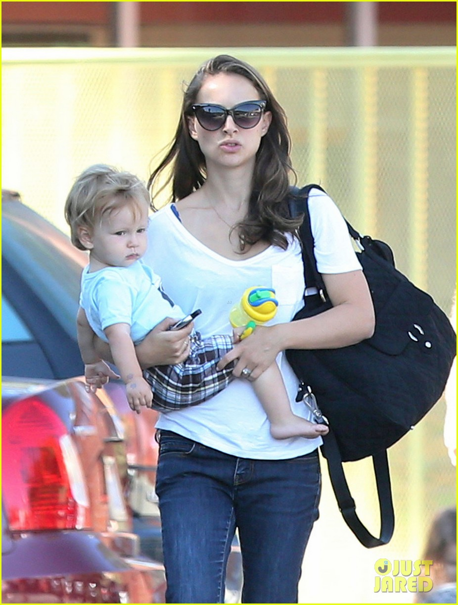 natalie portman quality time with aleph 022725312