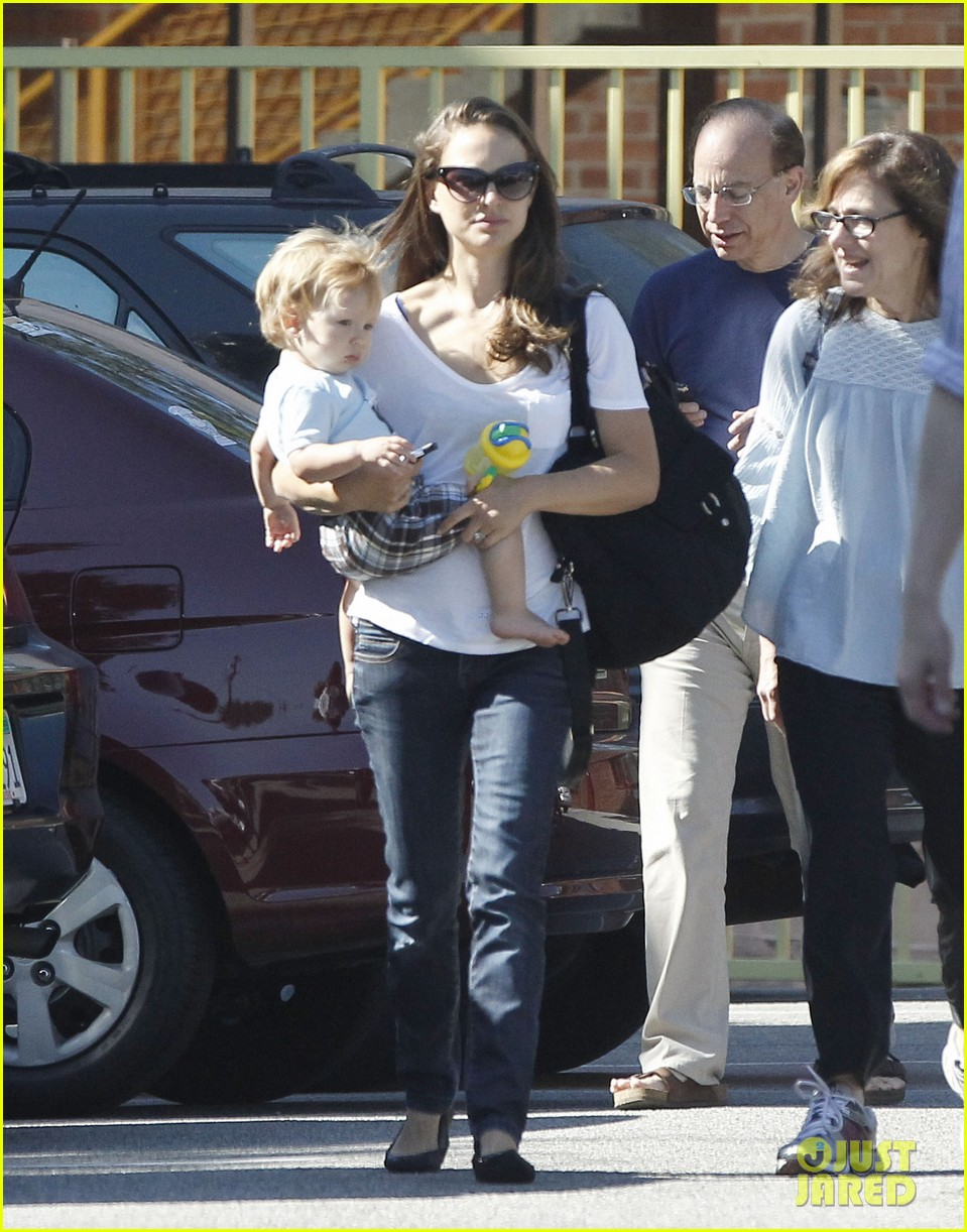 natalie portman quality time with aleph 10