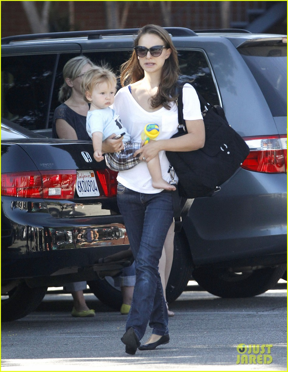 natalie portman quality time with aleph 11