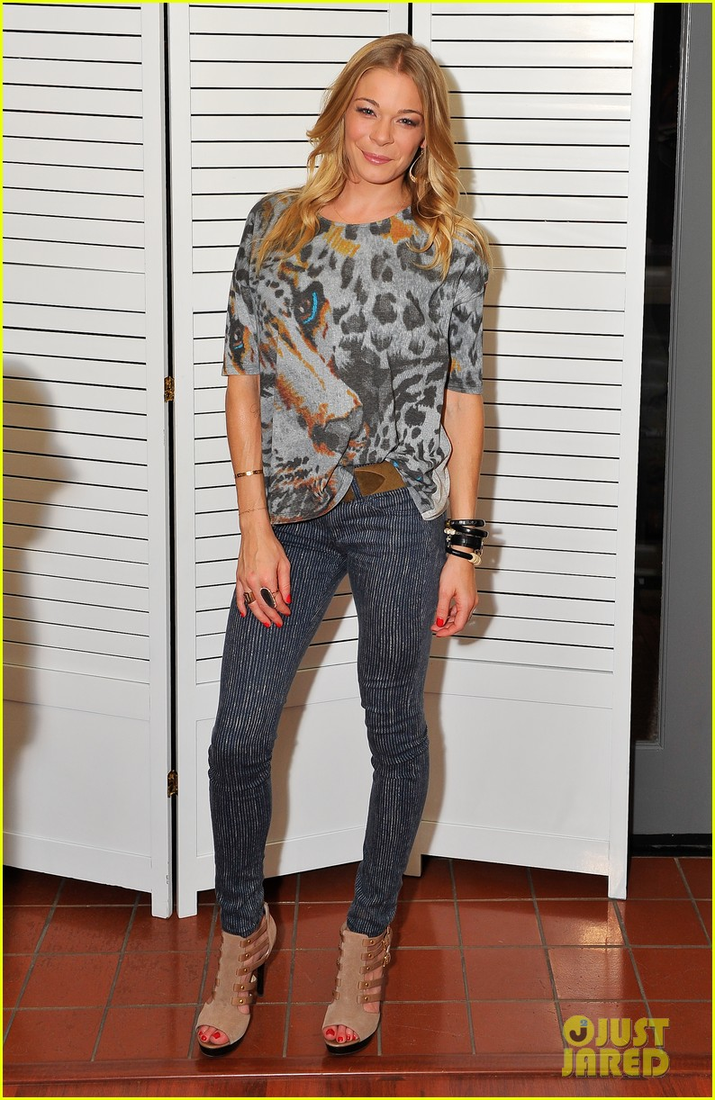 ... leann rimes save the music performance 03 | Photo 2725790 | Just Jared Performance