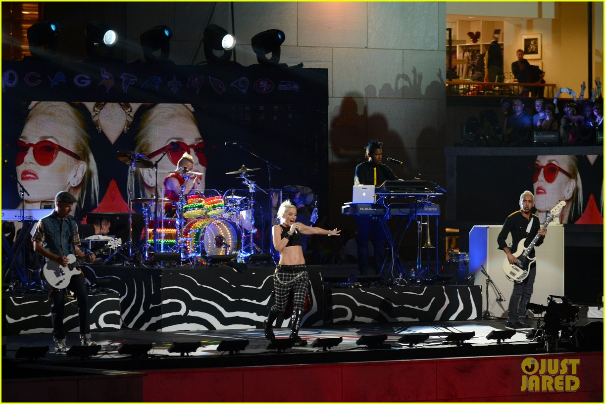 gwen stefani no doubt perform at nfl kick off concert 31
