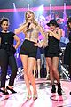 taylor swift iheartradio music festival performance 32