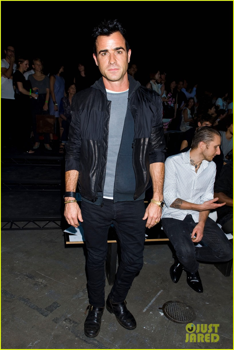 justin theroux alexander wang fashion show 01