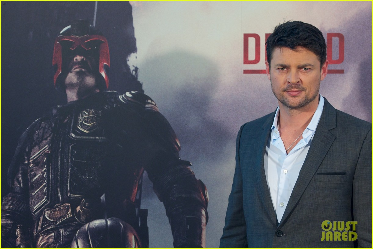 karl urban dredd photo call mens health uk feature 13
