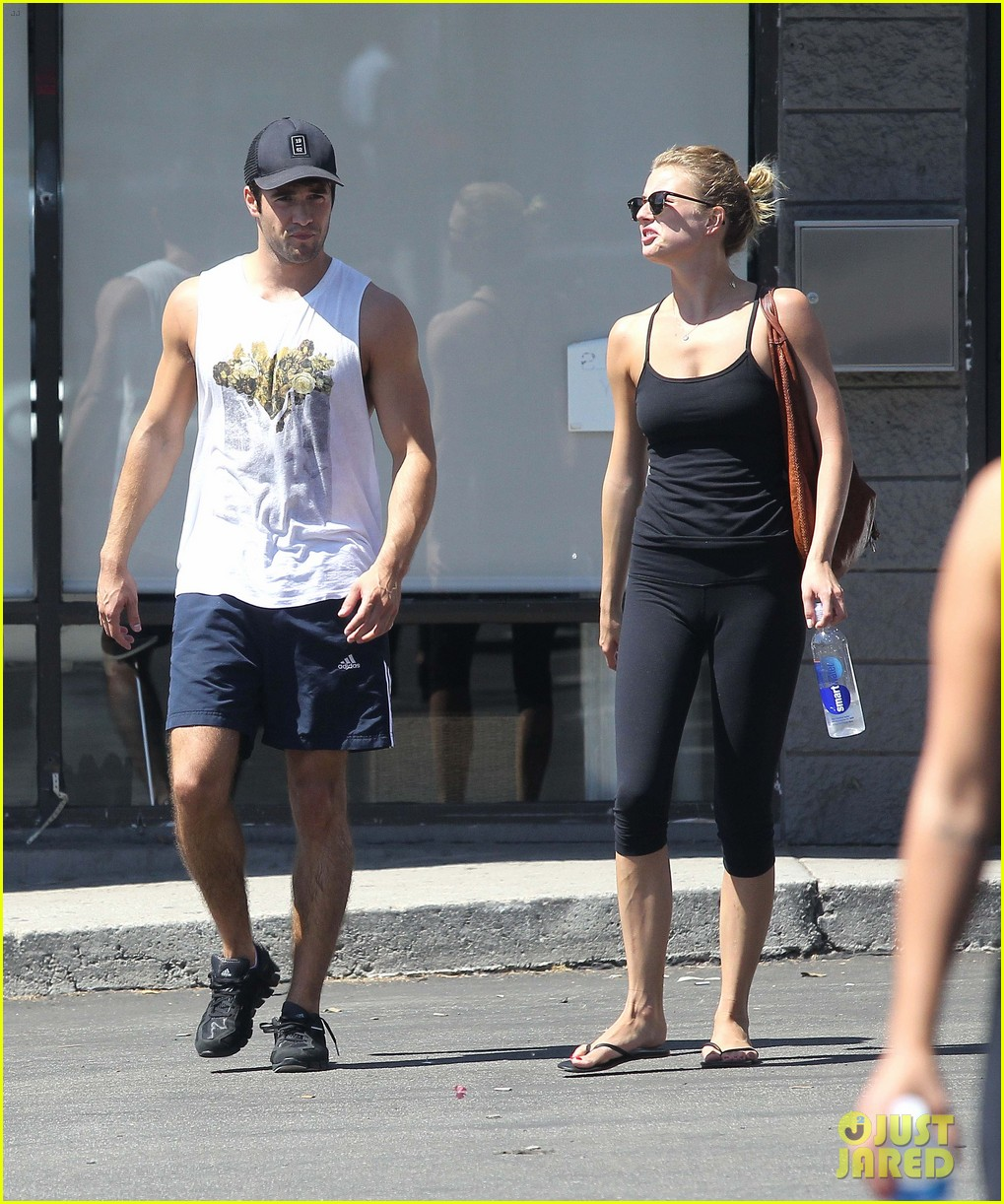 emily vancamp josh bowman watch revenge on netflix 06