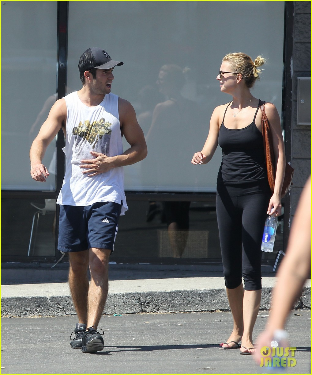 emily vancamp josh bowman watch revenge on netflix 082722553