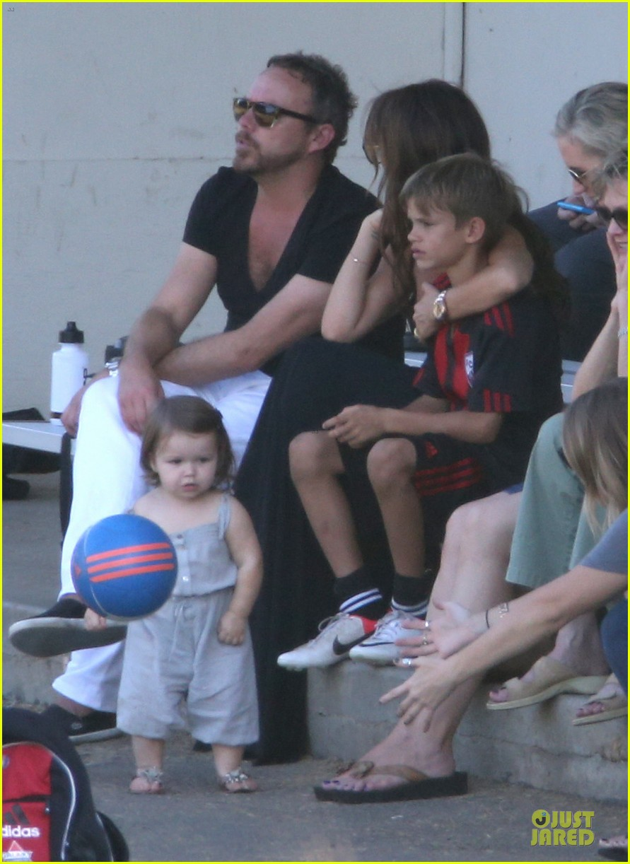 victoria beckham sons soccer game 20