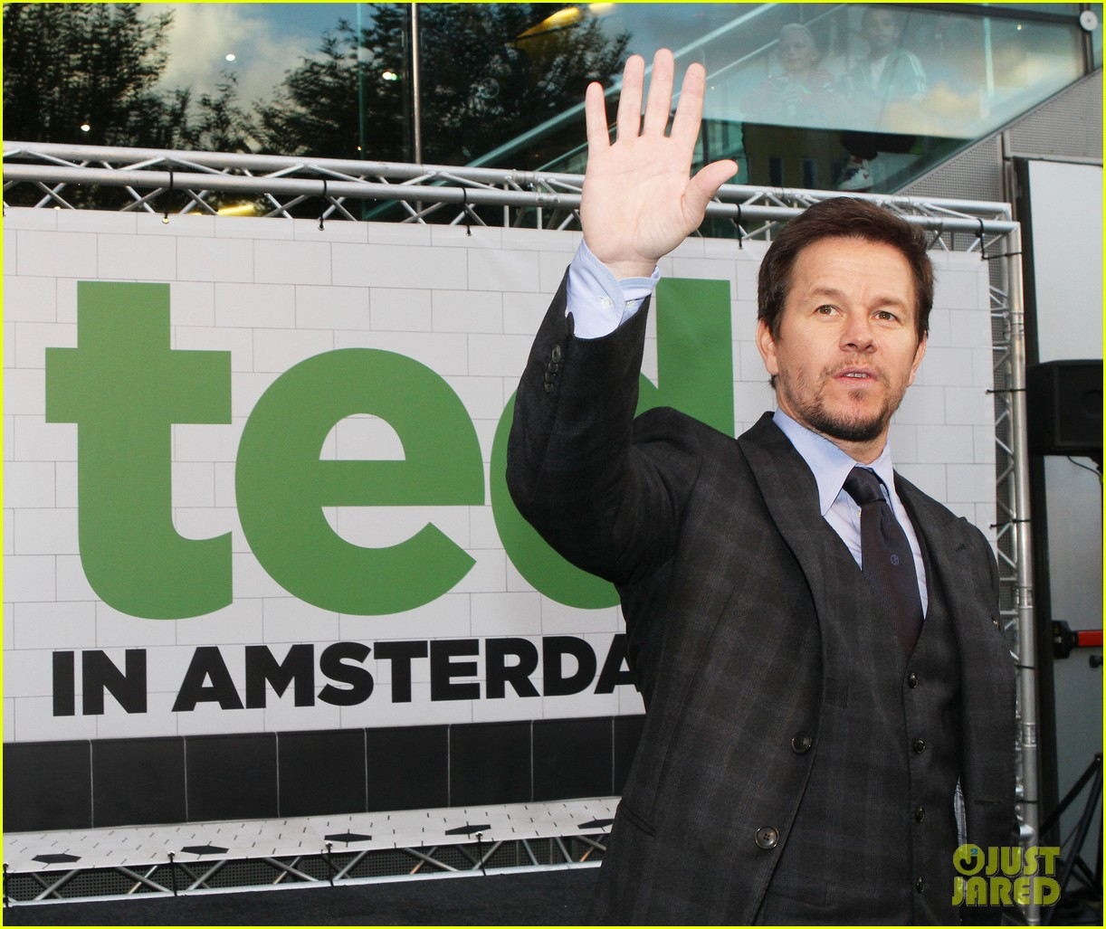 mark wahlberg ted premiere in holland 15