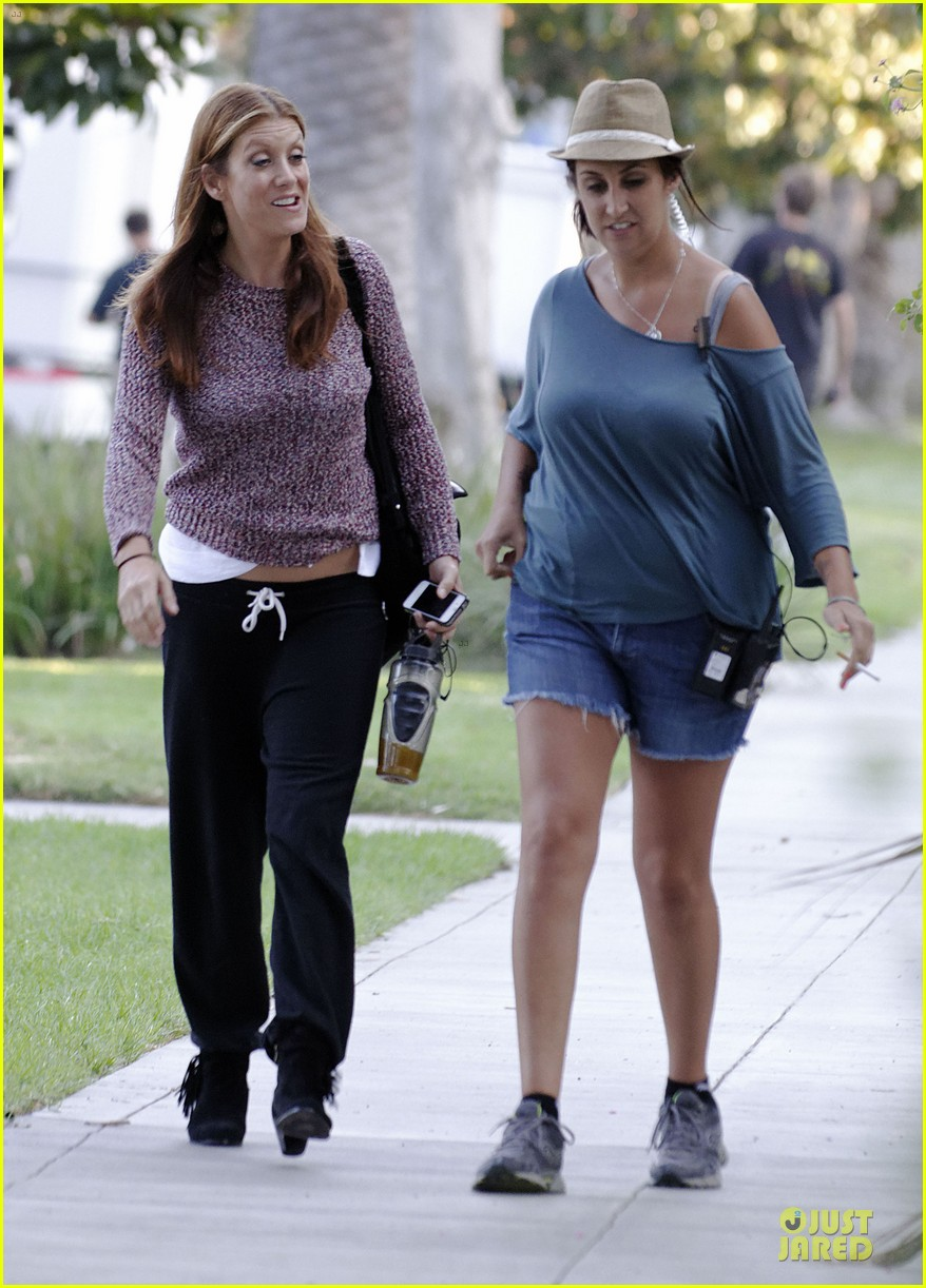 kate walsh private practice set with benjamin bratt 05